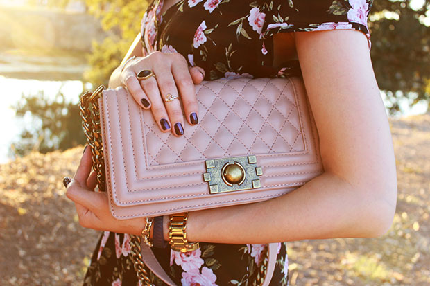 74_06_dailylook_quilted_bag_chanel_boy